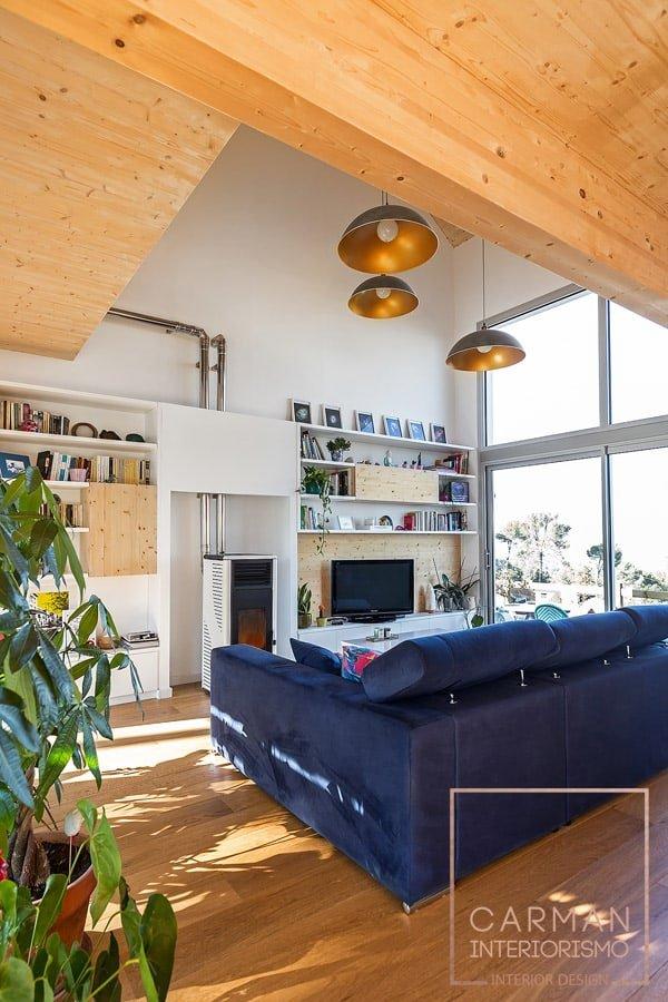 Diseño de salón a doble altura